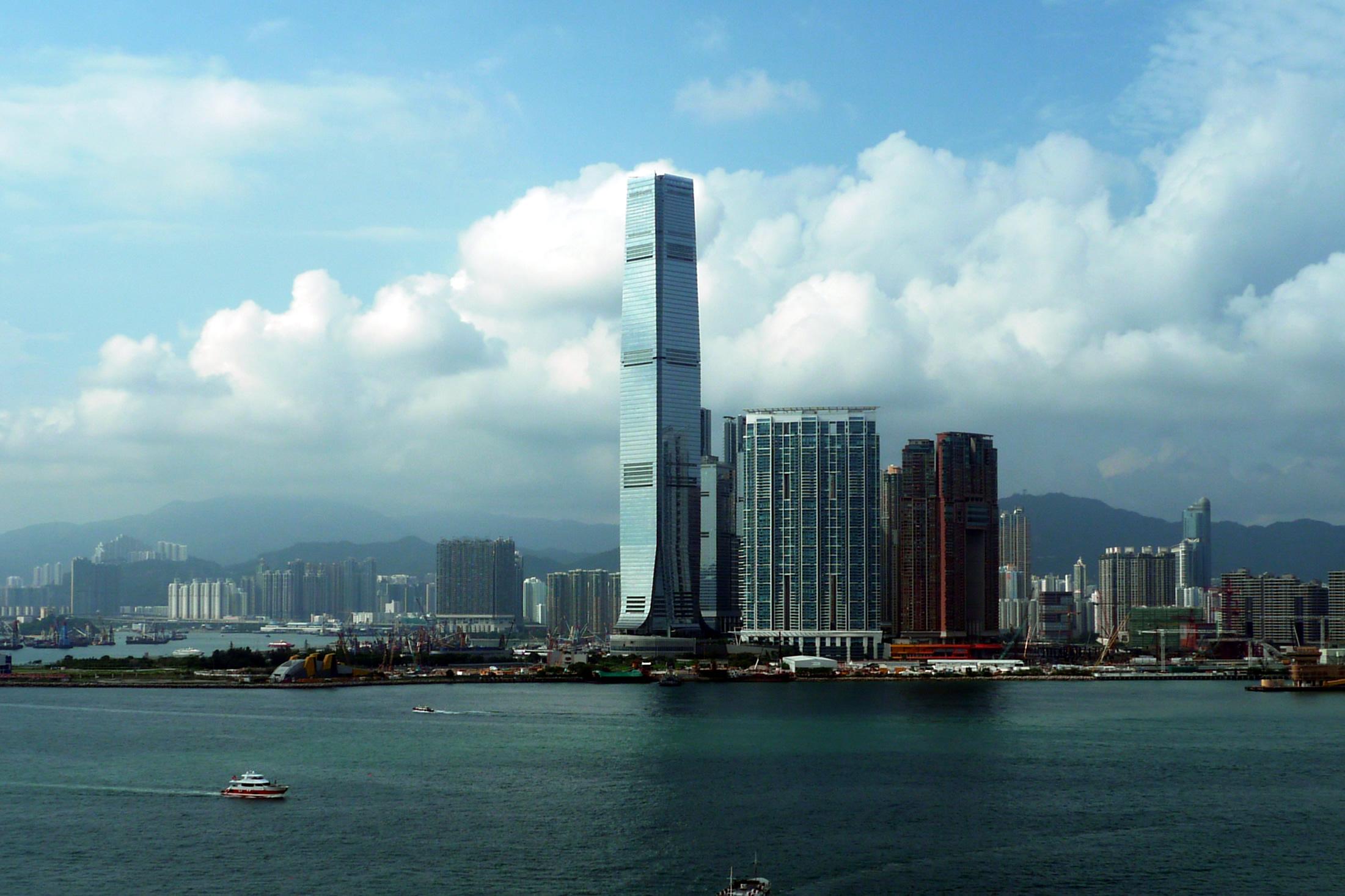香港SKY100