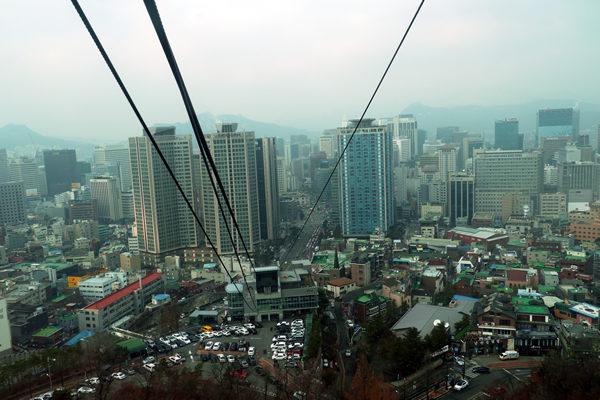 ケーブルカーからソウルの眺め