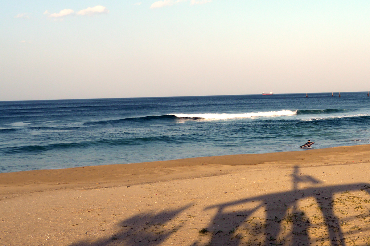 韓国本土でもサーフィンができる...